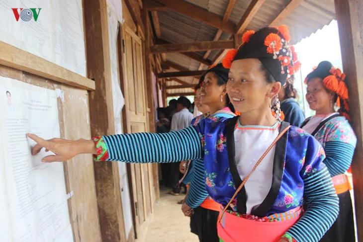 Всеобщие выборы во Вьетнаме - ảnh 15