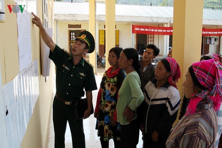 Всеобщие выборы во Вьетнаме - ảnh 16