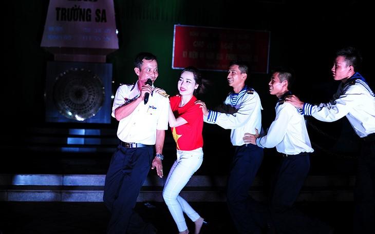 Чыонгша: стремление молодёжи к зелёным островам - ảnh 17