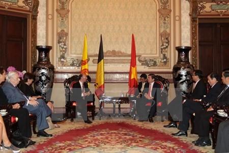 Руководители г.Хошимина приняли министра-президента Валлонии-Брюсселя - ảnh 1