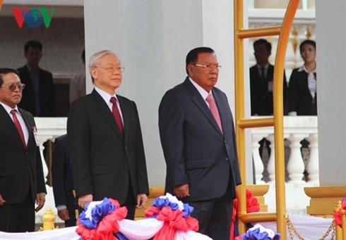 Вьетнам и Лаос сделали совместное заявление - ảnh 1