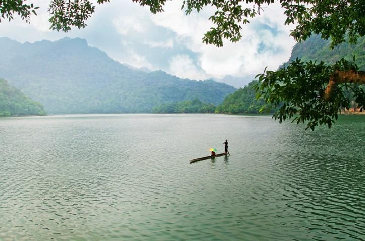 Красота озера Бабе - ảnh 1