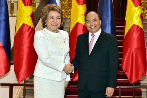 Премьер Вьетнама принял председателя Совета Федерации РФ - ảnh 1