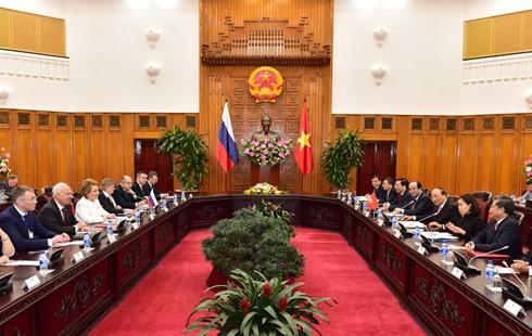 Премьер Вьетнама принял председателя Совета Федерации РФ - ảnh 2