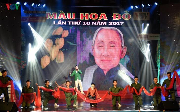 Во Вьетнаме прошли художественные программы в честь Дня инвалидов войны и павших фронтовиков - ảnh 1