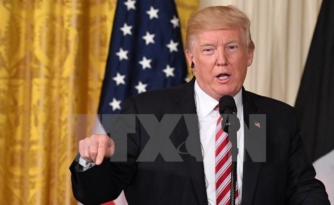 Американские СМИ освещают участие президента Д.Трампа в саммите АТЭС во Вьетнаме - ảnh 1