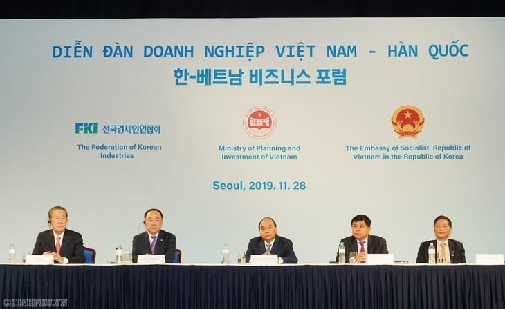Нгуен Суан Фук выразил надежду на увеличение южнокорейских инвестиций во вьетнамскую экономику - ảnh 2