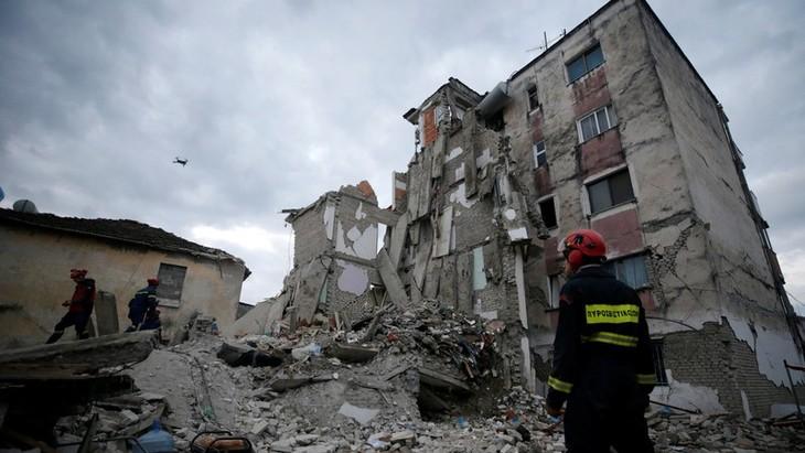 Нгуен Фу Чонг выразил соболезнования президенту Албании в связи с землетрясением - ảnh 1