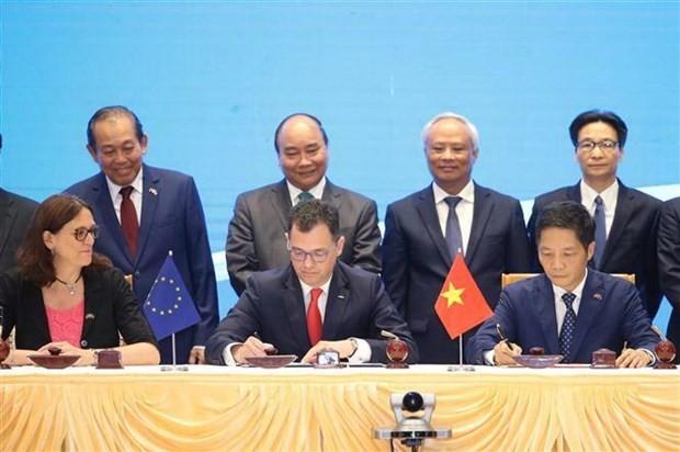 Невозможно искажать факты о EVFTA и препятствовать процессу международной интеграции Вьетнама - ảnh 1