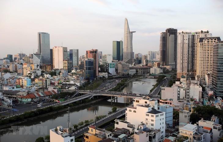 В город Хошимин привлечены иностранные инвестиции более чем в $1 млрд - ảnh 1