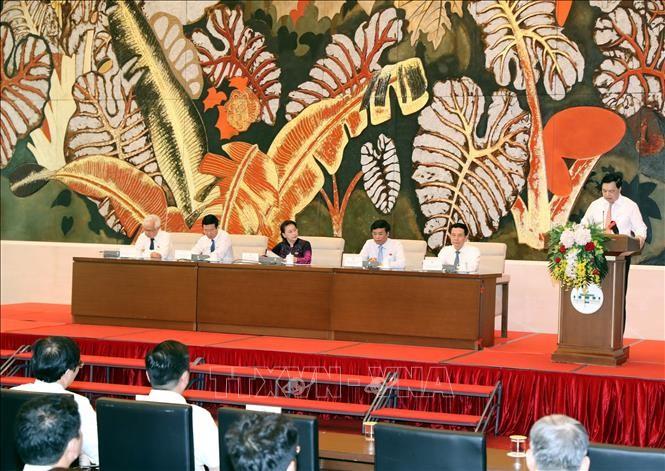 Нгуен Тхи Ким Нган встретилась с делегацией лучших журналистов Вьетнама - ảnh 1