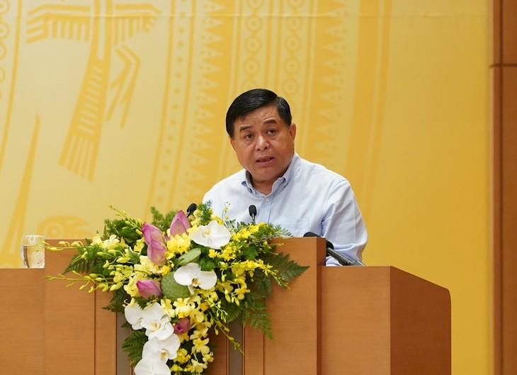 Вьетнам прилагает усилия для достижения поставленной цели - роста ВВП страны - ảnh 2
