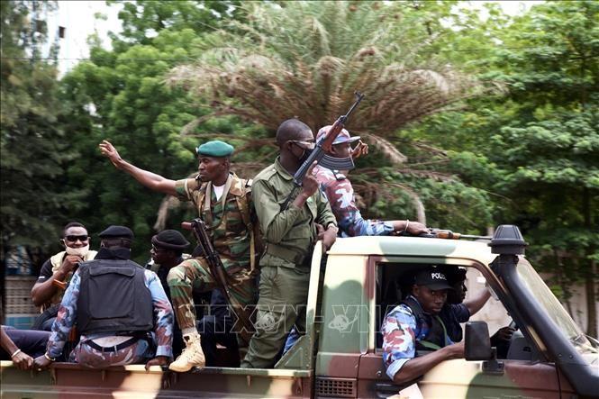 Германия, Британия и Франция сохранят военное присутствие в Мали, несмотря на переворот - ảnh 1