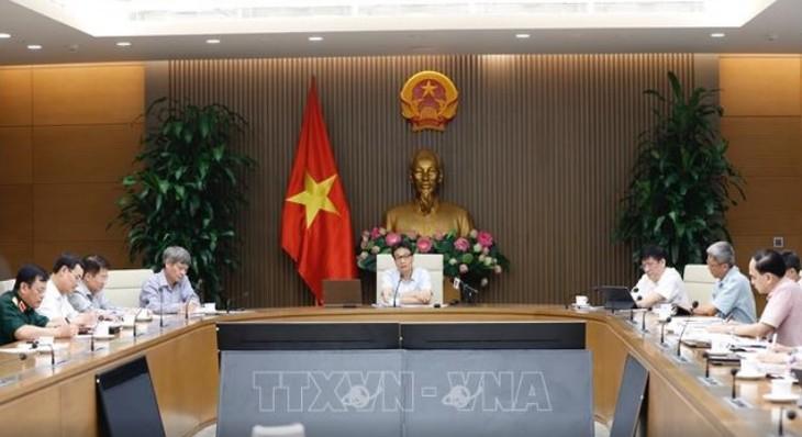 В Ханое прошло заседание Национального комитета по борьбе с Covid-19 - ảnh 1