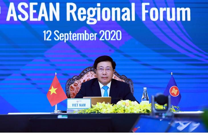 В онлайн формате состоялся 27-й Региональный форум АСЕАН - ảnh 1