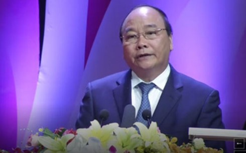 """""""Gloire au Vietnam"""": 30 collectifs et individus ont été honorés - ảnh 2"""
