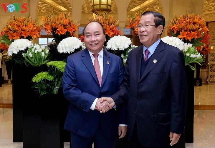 Nguyen Xuan Phuc multiplie les rencontres bilatérales en Inde - ảnh 1