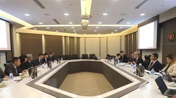 Le 9e Dialogue des politiques de défense au niveau vice-ministériel Vietnam-Singapour - ảnh 1
