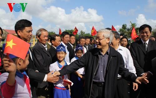 Tổng Bí thư Nguyễn Phú Trọng thăm và làm việc tại tỉnh Quảng Trị - ảnh 1