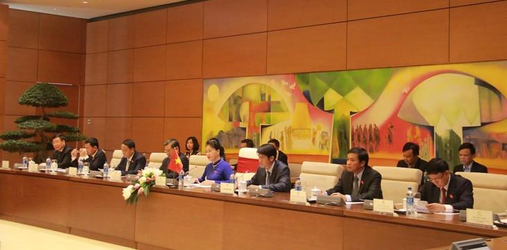 Chủ tịch Quốc hội Việt Nam hội đàm với Chủ tịch Quốc hội Cuba - ảnh 2