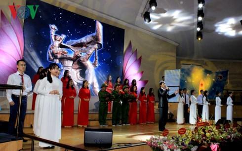 Người Việt tại Ukraine kỷ niệm Ngày Thương binh – Liệt sỹ - ảnh 1