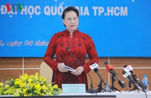 Chủ tịch Quốc hội Nguyễn Thị Kim Ngân thăm, làm việc tại Đại học Quốc gia Thành phố Hồ Chí Minh - ảnh 1