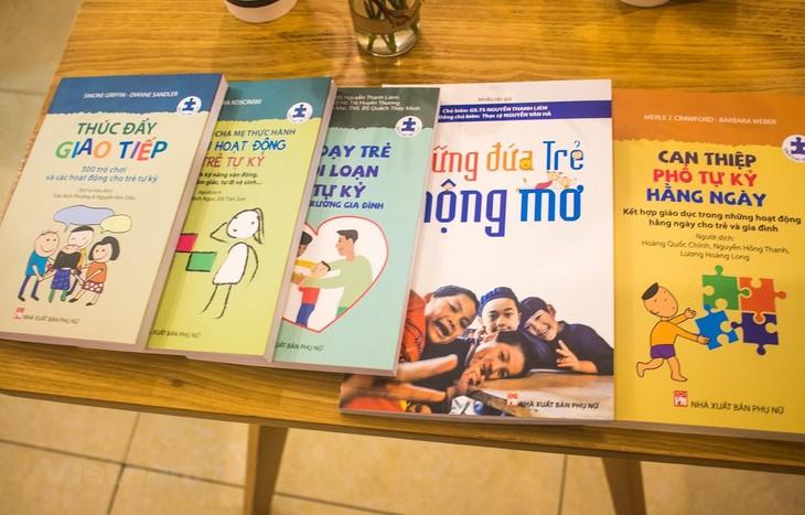 """Bộ sách """"khủng"""" cho trẻ tự kỷ: Những cẩm nang thiết thực cho phụ huynh - ảnh 3"""