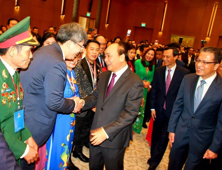 Thủ tướng gặp mặt bà con kiều bào tham dự Xuân quê hương 2020 - ảnh 1