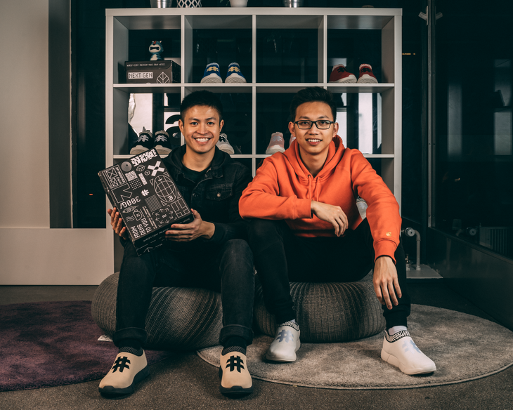 2 chàng trai Việt sản xuất giày từ bã cà phê được Forbes châu Âu vinh danh - ảnh 2