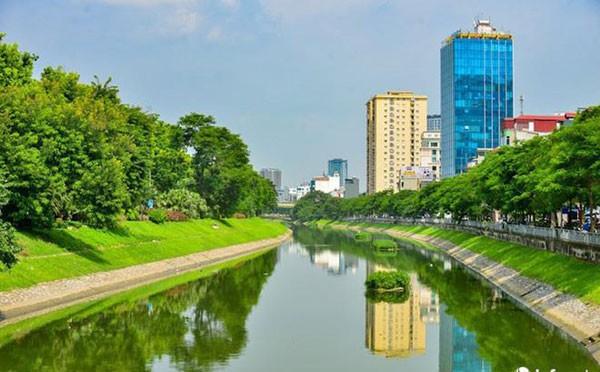 Sông Tô Lịch và vấn đề xử lý nước thải ở Hà Nội - ảnh 1