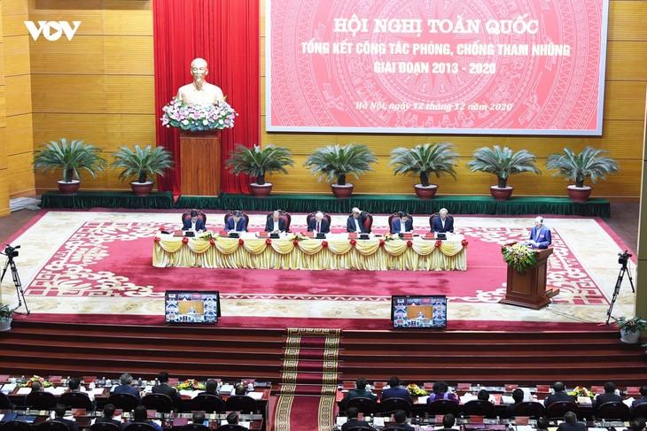 Nhân dân bày tỏ tin tưởng vào sự lãnh đạo của Đảng trong đấu tranh phòng, chống tham nhũng - ảnh 2
