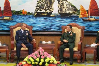 เวียดนามและสหรัฐแลกเปลี่ยนประสบการณ์ของหน่วยงานขนส่งของกองทัพ - ảnh 1