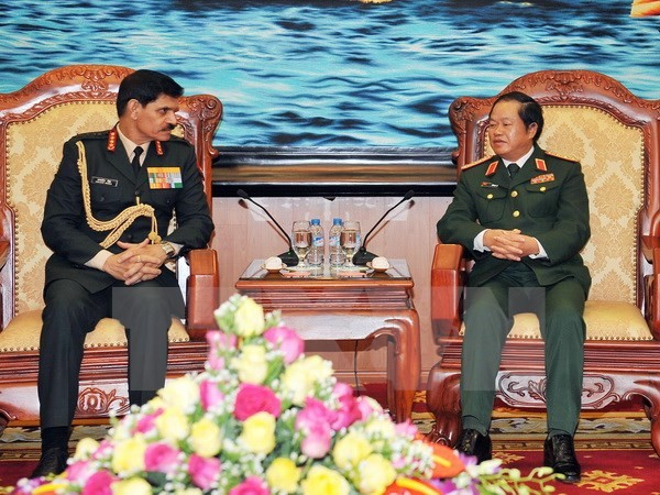 เวียดนามและอินเดียเห็นพ้องที่จะกระชับความสัมพันธ์ด้านกลาโหมระหว่าง 2 ฝ่ายให้พัฒนาตามส่วนลึก - ảnh 1