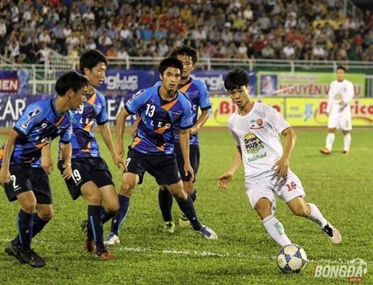 พัฒนาฟุตบอลเวียดนามและญี่ปุ่นอย่างรอบด้าน - ảnh 1