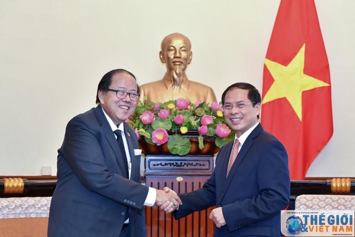 ประมวลความสัมพันธ์ระหว่างเวียดนามกับไทยประจำเดือนกรกฎาคมปี 2017 - ảnh 3