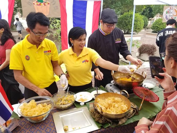 งานวัน ULIS Thailand Day ณ กรุงฮานอย - ảnh 3