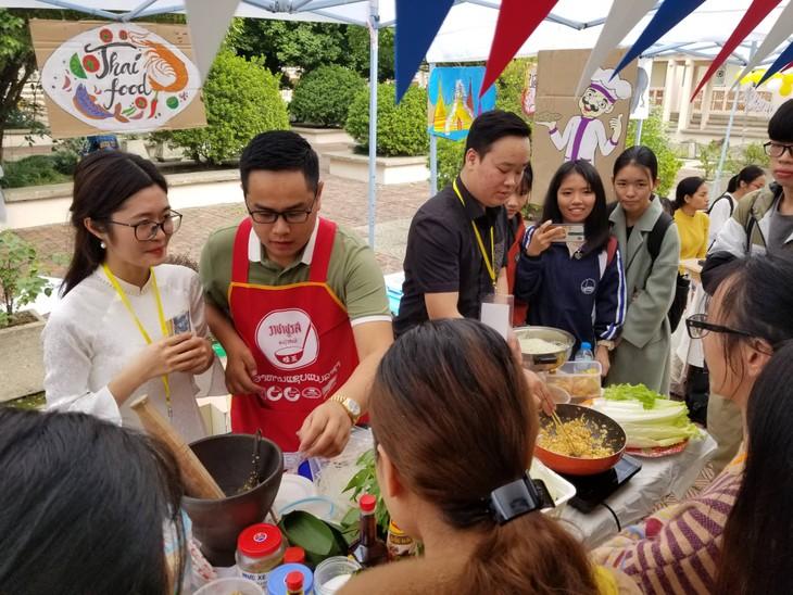 งานวัน ULIS Thailand Day ณ กรุงฮานอย - ảnh 4