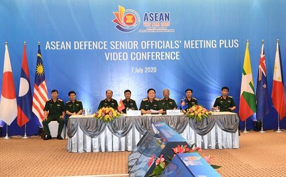 การประชุมเจ้าหน้าที่อาวุโสด้านกลาโหมอาเซียนขยายวง หรือ ADSOM+ ผ่านวิดีโอคอนเฟอเรนซ์ - ảnh 1