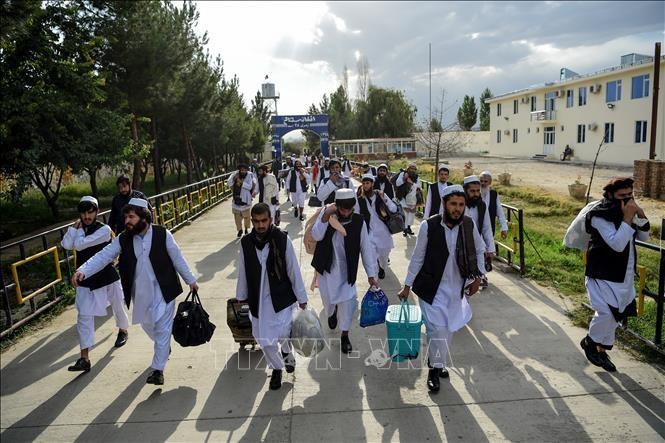 อัฟกานิสถานเห็นด้วยกับการปล่อยตัวสมาชิกกลุ่มตาลีบัน 400คนที่ถูกคุมขังในอัฟกานิสถาน - ảnh 1