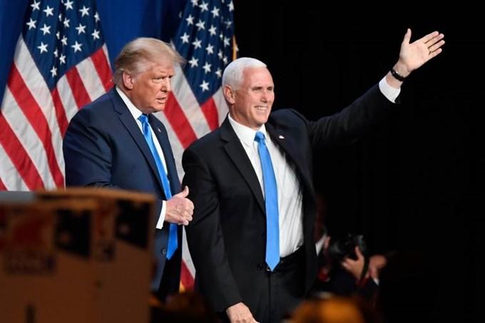 สาส์นและความท้าทายต่างๆในศึกเลือกตั้งประธานาธิบดีสหรัฐ - ảnh 1