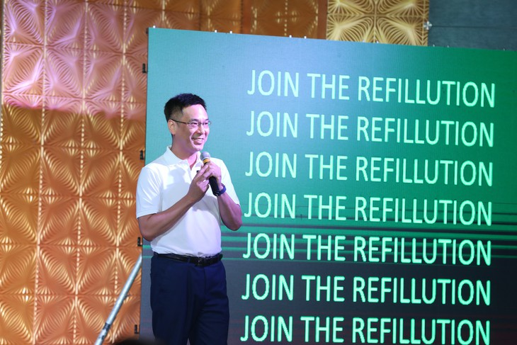 รูปแบบ Refill ผลิตภัณฑ์ล้างจานและผลิตภัณฑ์ซักผ้าเพื่อลดการใช้บรรจุภัณฑ์พลาสติกของเวียดนามคว้ารางวัลการประกวด Ending Plastic Pollution Innovation Challenge ในภูมิภาคอาเซียนปี 2020 - ảnh 1