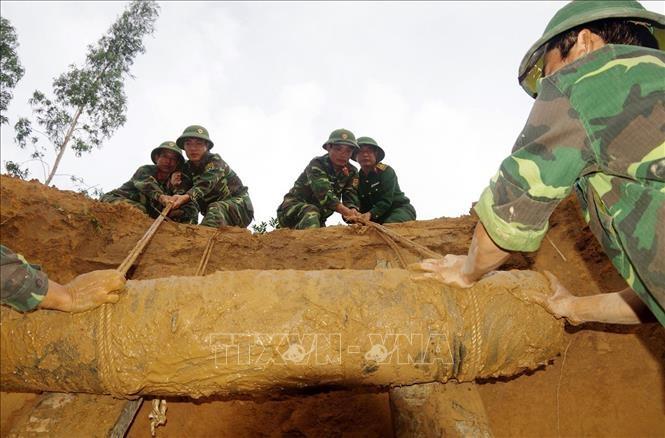 เวียดนามพยายามร่วมกับประชาคมระหว่างประเทศแก้ไขผลเสียหายจากกับระเบิด - ảnh 3