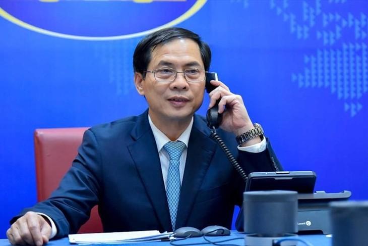 เวียดนามสนับสนุนบรูไนในการปฏิบัติหน้าที่ประธานอาเซียนในปี 2021 - ảnh 1
